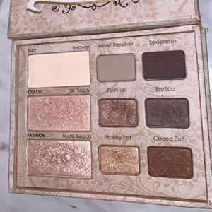 Too Faced Neutral Eye Shadow Pallet